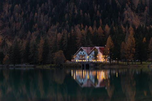 dům v přírodě