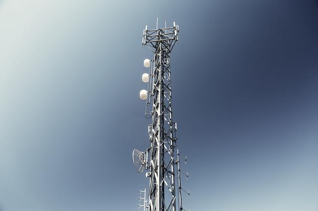 Vysílač mobilních služeb
